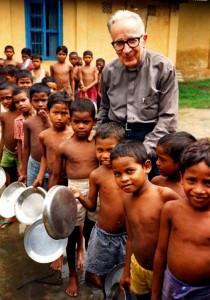 Gruppo India - Padre Pesce con bambini