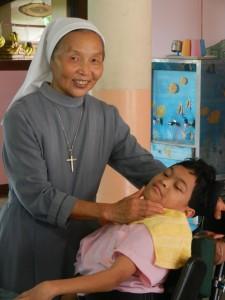 Nemesia-suora con bambina