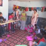 India Karnataka pannelli scuola cucito